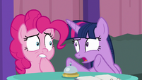 Twilight getting Pinkie to concentrate S9E16