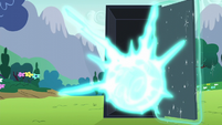 Zap of Starlight's magic in the black box S6E6