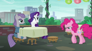 Pinkie returns to the restaurant defeated S6E3.png