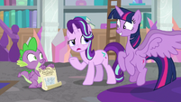 """Starlight """"what's so exciting about a toy crown?"""" S9E4"""