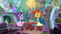 Starlight and Sunburst stare at each other S6E1