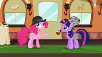 Twilight And Pinkie bubbles S2E24