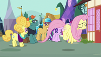 Fluttershy flies off in disappointment S7E14