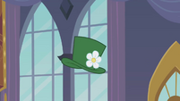Hat in the air S2E26