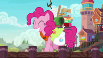 Pinkie Pie happily approaches the ship S6E22