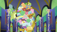 Sludge tossing out more pony stuff S8E24