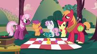 Cheerilee and Big Mac with CMC picnic S02E17