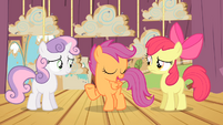 Scootaloo '...who's gonna hold up...' S4E05