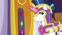 Shining Armor in front of throne room door S9E4