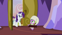 Spike welcoming Rarity into the castle S9E19