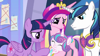 Twilight, Cadance, and Shining look at Flurry S9E25