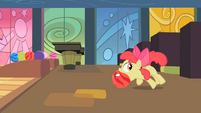 Apple Bloom bowling S02E06