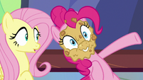 Pinkie Pie with pie on her face S7E14