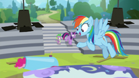 """Rainbow Dash """"here comes our answer!"""" S8E7"""