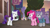 Rarity --have to get you both something amazing-- S6E3