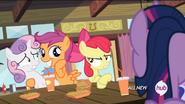 S04E15 Apple Bloom zwraca uwagę Scootaloo