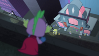 Spike looking down on Maretropolis S4E06