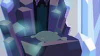 Throne shadowed S3E2