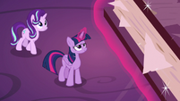 Twilight and Starlight look up at friendship journal S7E14