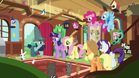 Big Daddy McColt rallies the ponies and animals S7E5