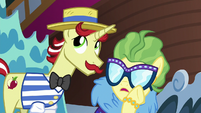 Impossibly whispering to Flam once more S6E20