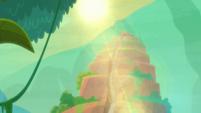 Sun shining down on Tonatiuh's temple S9E21