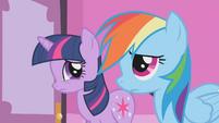 Twilight and Rainbow Dash listen to Rarity S1E14