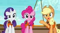 "Applejack ""attracted a tri-horned whatchamacallit"" S6E22"