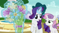 """Rarity """"I know just what to do with this!"""" S7E6"""