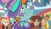"""Snips """"the most awesome cheer squad"""" S9E15"""