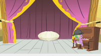 Spike playing the piano and Pinkie's shell S1E21