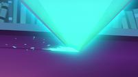Starlight's shield dragging across the floor S6E21