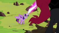 Twilight shoots laser beam at Tirek S4E26