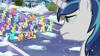 Crystal Pony crowd gasp S6E2