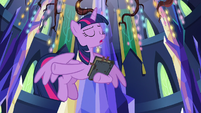 """Twilight Sparkle """"we have to save him"""" S7E25"""
