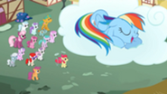 201px-Crowd of people watch Rainbow Dash sleep S2E6