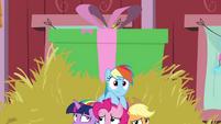 Gift box rising up behind Mane Six BGES2