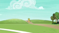 Snails walking down the road S6E18