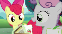 "Sweetie Belle ""these old carts look so cool!"" S6E14"