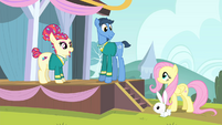Torch Song greets Fluttershy S4E14