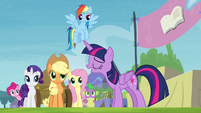 """Twilight """"treat me as anything special"""" S4E22"""