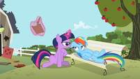 Twilight 'your issues with Applejack' S2E3