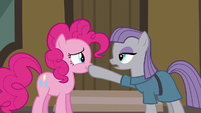 Maud Pie --gift giving isn't a competition-- S6E3