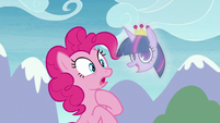 Pinkie haunted by vision of Twilight S8E3