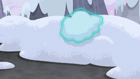 Sugar Belle levitating snow S5E2