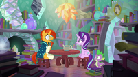 Sunburst --reading about magic is one thing-- S6E2