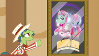 Barker pony promoting trained animal act S6E20