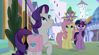 Shadow cast over Twilight and friends S9E24