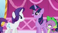 "Twilight ""those old-fashioned books you wanted to donate"" S5E22"