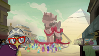 A. K. Yearling smiles over the amends she made S7E18